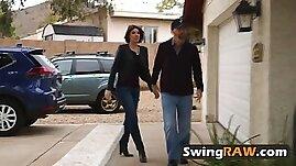 Hot swinger chicks like the same guy